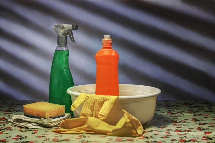 Jak zadbać o piękne mieszkanie za pomocą środków czystości